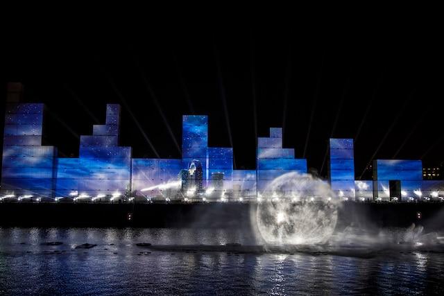Le spectacle multimedia « Montréal Avudo » dans le cadre des célébrations du 375e de Montréal, à Montréal, jeudi le 18 mai 2017. DARIO AYALA/AGENCE QMI