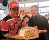 Christian Pépin et sa conjointe, Julie Fortin, du restaurant La Mama Grilled Cheese, ont fait leurs classes dans un tout petit local du quartier Limoilou avant de voir plus grand.