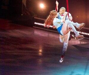 Pour sa 42e production, le Cirque du Soleil aborde pour la première fois l'univers du patin et de la glace avec Crystal.