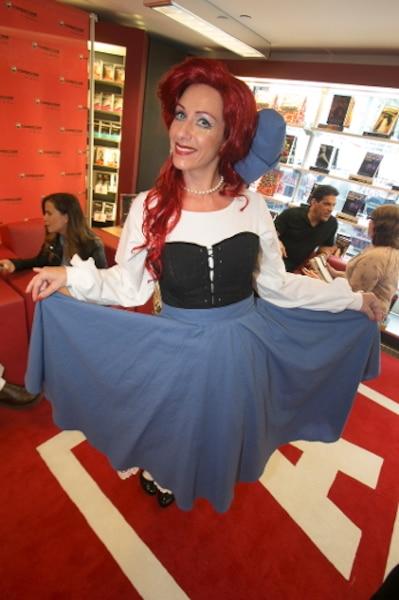 Marie-Chantal Cadieux s'est pour sa part glissée dans la peau d'Ariel, la célèbre Petite Sirène de Disney qui a troqué sa magnifique voix contre des jambes humaines.