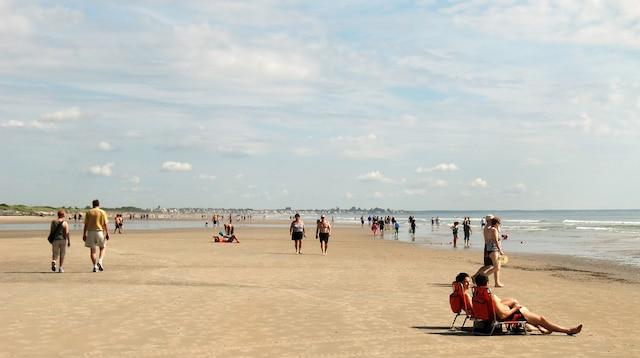 La plage d'Ogunquit, longue de cinq kilomètres, qu'on dit être une des dix plus belles plages des États-Unis