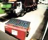 Sur la séquence vidéo, on voit le camion vider la récupération dans sa benne, pour faire de même avec le conteneur de déchets.
