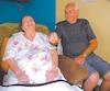 Noëlla Tremblay a reçu un diagnostic d'Alzheimer il y a 12 ans. Depuis qu'elle prend le mélange d'huile de noix de coco et de marijuana préparé par son mari Roger Leclerc, ce dernier affirme qu'elle réalise des progrès et que «la maladie a stoppé».