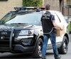 Le condo du Hells Angels David Lefebvre, à Sainte-Thérèse, a été la cible d'une des 18perquisitions menées hier par une centaine de policiers aux dépens d'un réseau de trafic de drogue actif à Montréal, dans la couronne nord et en Montérégie.