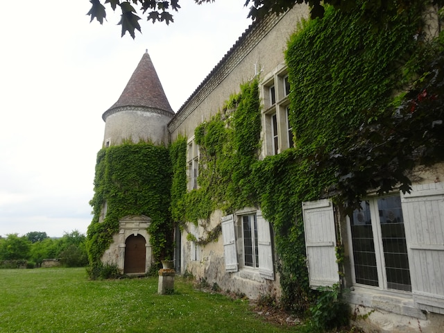 Petite visite au Château de Frandat, où sont produits des vins vendus chez nous à la SAQ.