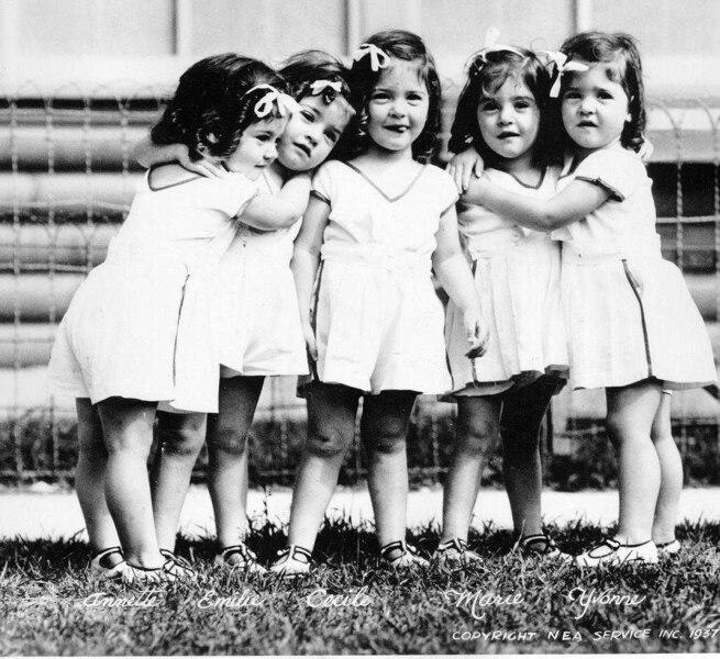 """Résultat de recherche d'images pour """"soeurs dionne quintland"""""""