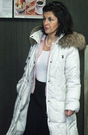 Mitra Javanmardi, naturopathe, est accusée d'homicide involontaire.