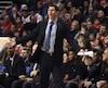 Âgé de 36 ans, Walton deviendra le 26e entraîneur de l'histoire des Lakers. Il succède à Byron Scott, congédié plus tôt cette semaine.