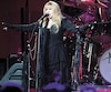 La chanteuse Stevie Nicks de Fleetwood Mac lors du passage de la formation à Montréal, en février 2015.