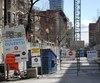 Plusieurs commerçants de la rue Bishop situés entre le boulevard de Maisonneuve et la rue Sainte-Catherine, où des travaux de construction d'un nouveau système de ventilation de la Société de transport de Montréal perdurent depuis octobre 2016, ont fermé leurs portes dans les derniers mois pour des raisons financières.