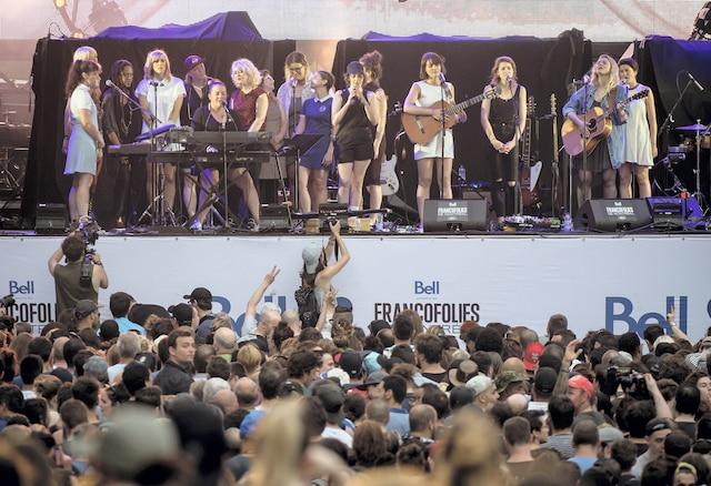 Louve  a mis en vedette une quinzaine de musiciennes.