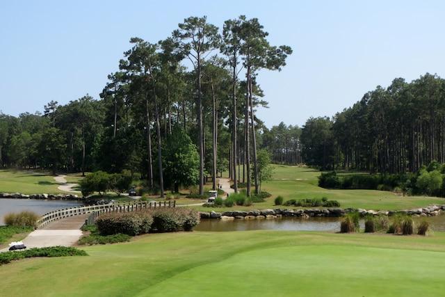 Plus de 500 parcours de golf de qualité sont répartis sur le territoire de la Caroline du Nord.