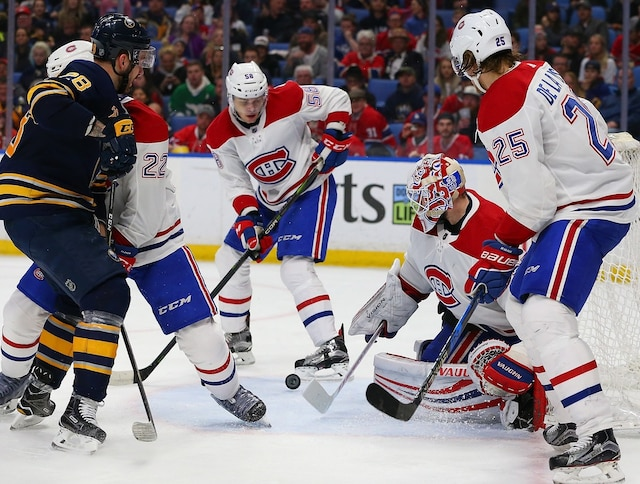BUFFALO, NY - MARCH 23: Antti Niemi #37 of the Montreal Canadiens makes the save against Zemgus Girgensons #28 of the Buffalo Sabres during the second period at KeyBank Center on March 23, 2018 in Buffalo, New York.   Kevin Hoffman/Getty Images/AFP == FOR NEWSPAPERS, INTERNET, TELCOS & TELEVISION USE ONLY ==