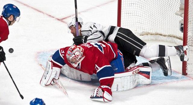 Un accrochage lors du match opposant les Kings de Los Angeles et le Canadien de Montréal au centre Bell.