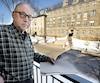 Jean-Paul Doyon, l'auteur de la pétition, se plaint des «cris répétitifs» émanant des camps de jour qui se déroulent, l'été, en face de son logement d'un immeuble de l'Office municipal d'habitation de Lévis.