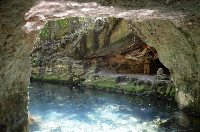 On peut descendre à la nage une des trois rivières.