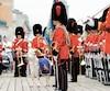 Une cérémonie protocolaire du lever du drapeau par le 2e Bataillon Royal 22e Régiment avait eu lieu le 1er juillet 2018 sur la terrasse Dufferin, à l'occasion de la fête du Canada. La nouvelle mesure du gouvernement Legault s'appliquera aux fêtes de quartier.