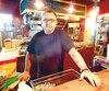 Stéphane Urier, du restaurant Barabouf accuse Louise Henry de les avoir fraudés