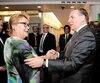 Le premier ministre François Legault a félicité l'ancienne première ministre Pauline Marois (et ancienne collègue du cabinet péquiste) pour la campagne de financement «Je parle français par coeur», lundi soir à Montréal.