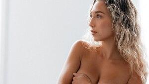 Cath Bastien lance un message concernant la nudité