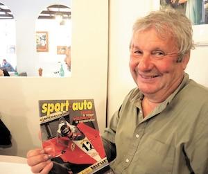 Jean-Pierre Jarier a consulté ce numéro du mensuel français Sport Auto en 1978, qui titrait à l'époque Jarier, le retour; Villeneuve, la consécration.