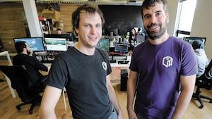 Les cofondateurs de Polymorph Games, Léo Carnaut-Delord et Philippe Dion, sont fiers du travail réalisépar leur équipe pourla création du jeu vidéo <i>Foundation</i>.