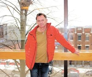 Jean Paradis attendait jeudi au palais de justice de Sherbrooke le verdict du jury au procès des trois accusés relativement à l'explosion du train à Lac-Mégantic le 6juillet2013. Il avait dû sauter dans la rivière pour échapper aux flammes.
