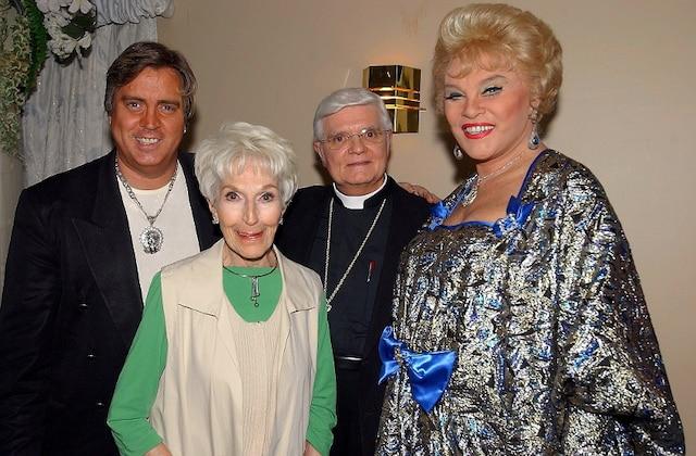 L'artiste Jean Guilda, qui s'est fait connaitre pour ses spectacles de travesti, est décédé le mercredi soir 27 juin 2012. Sur la photo : Jean Guilda, accompagné de Jeannine Sutto, lors de son 80e anniversaire.