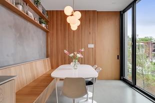 Image principale de l'article Un condo d'architectes avec panneaux solaires