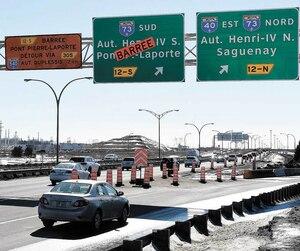 La sortie de l'autoroute Charest Ouest vers Henri-IV Sud est inaccessible depuis mercredi. Jeudi, les automobilistes étaient nombreux à filer vers l'autoroute Duplessis, soit l'itinéraire alternatif suggéré par le MTQ.