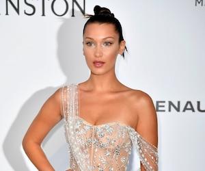 Avec sa robe sexy, Bella Hadid a encore fait tourner les têtes sur le tapis rouge.