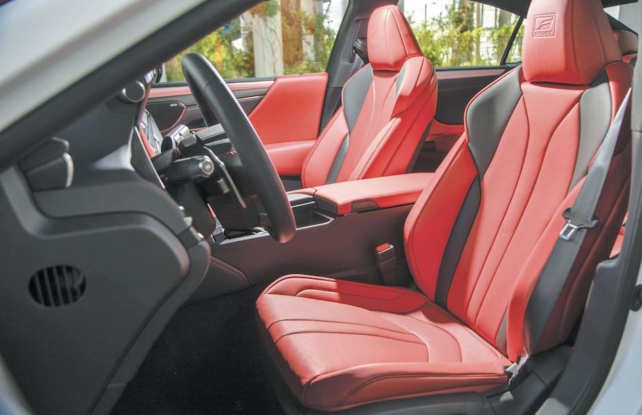 Lexus ES 350: un modèle qui se distingue 814d3644-bce6-41d5-bf17-d1a6a9562efe_ORIGINAL