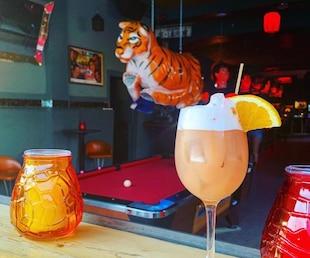 Un nouveau bar kitsch intriguant dans le Mile-End