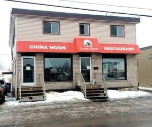 Le restaurant China Moon est situé sur le boulevard Saint-René Ouest, à Gatineau.
