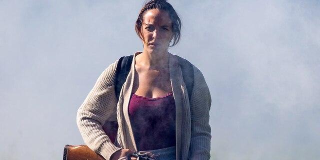 Monia Chokri dans le film de zombies «Les Affamés».