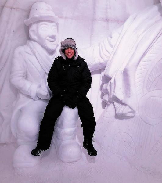 Daddy Yankee à l'hôtel de glace lors du tournage d'un vidéoclip à Québec.