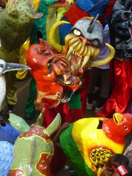 Quelques masques au carnaval de Jacmel.
