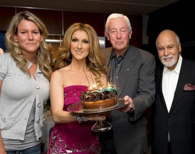 Magalie, petite-fille de Jean Béliveau, Céline Dion, Jean Béliveau et René Angélil. Capture d'écran du site web de Céline Dion.