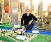 Pour les 50 ans de l'Expo 67, Gilles Maheux a l'intention de reproduire une vingtaine de pavillons, dont celui du Canada.