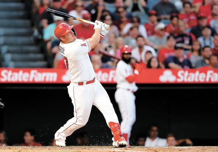 Mike Trout, des Angels de Los Angeles, continue cette année encore de terroriser les lanceurs adverses.