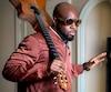 Wyclef Jean avoue se sentir «chez lui», à Montréal. Le chanteur est présentement en ville pour la promotion de son nouveau EP.