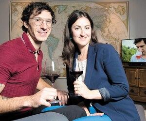 Elizabeth Ryan et son mari, Steven Fortin, dans les bureaux de leur entreprise, le Sommelier Nordiq.