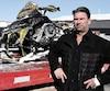 Daniel Jacques a reçu une facture des pompiers pour l'incendie de sa motoneige le 9février dernier. L'homme de 50ans a été légèrement blessé lors du sinistre.