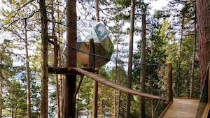 Image principale de l'article Une nuit dans une sphère suspendue