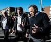 Le chef de la CAQ, François Legault et le maire de Gatineau, Maxime Pedneaud-Jobin, lors d'une visite du quartier Mont-Bleu au lendemain des intempéries.