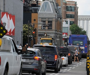 La piste cyclable sur la rue Dalhousie crée des maux de têtes aux automobilistes.