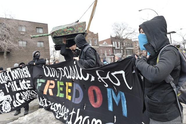 18e manifestation organisée par le Collectif opposé à la brutalité policière (COBP), dans les rues de Montréal, ce samedi 15 mars 2014