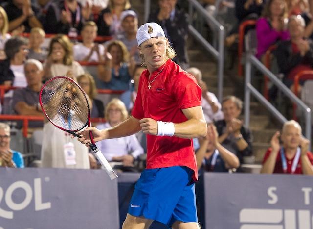 Denis Shapovalov a vaincu le Français Adrian Mannarino en trois manches de 2-6, 6-3 et 6-4 lors des quarts de finale de la Coupe Rogers.