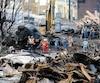 Un aperçu des décombres le 18 juillet 2013. À ce moment-là, des travailleurs retiraient toujours du pétrole des citernes.