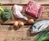 Le régime paléolithique vise à manger comme nos ancêtres, en misant sur les viandes, les légumes et les fruits.